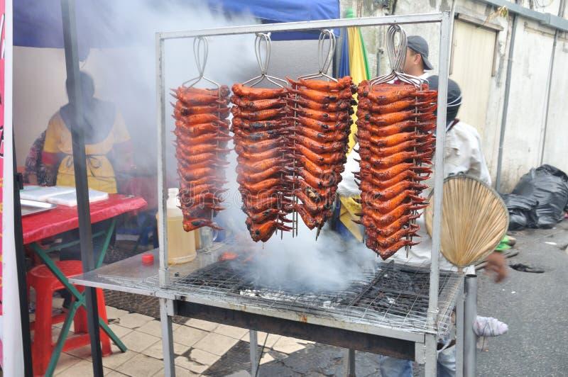 O alimento do bazar de Ramadhan e janta. imagens de stock