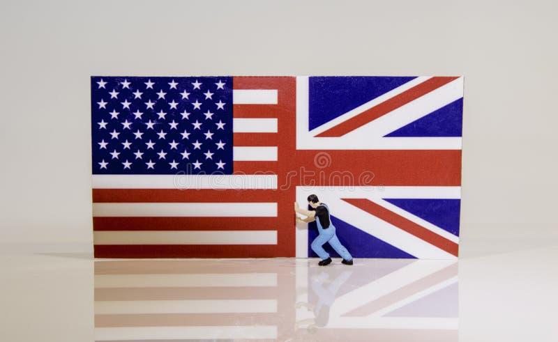 O americano empurra para trás fotos de stock