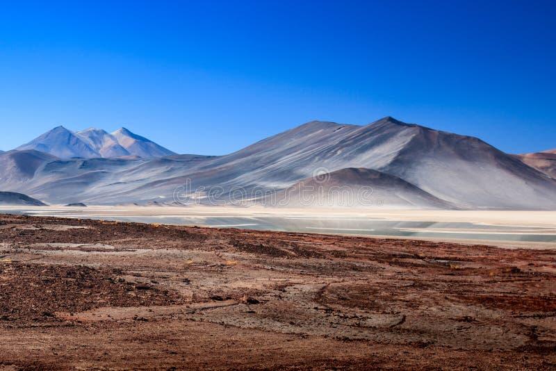O anfiteatro ? forma??o geological bonita de vale da lua no deserto de Atacama, o Chile foto de stock royalty free
