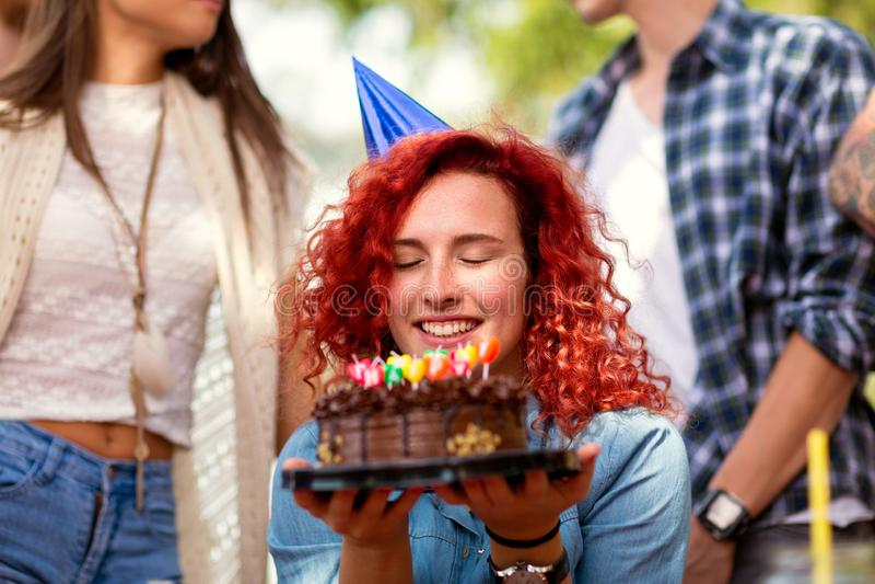 O aniversário faz o desejo imagem de stock