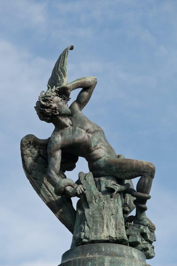 O anjo caído imagem de stock royalty free