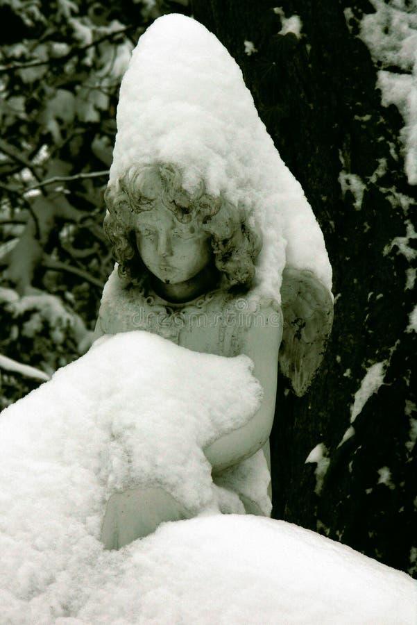 O anjo do inverno imagem de stock