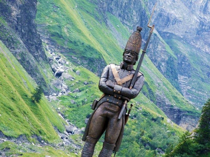 O antro do ¼ r do monumento ao soldado simples do russo ou do fà de Denkmal einfachen russischen Soldaten, olmo imagens de stock royalty free
