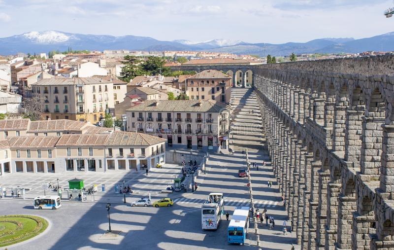 O aqueduto antigo famoso em Segovia, Castilla y Leon, Espanha imagens de stock royalty free