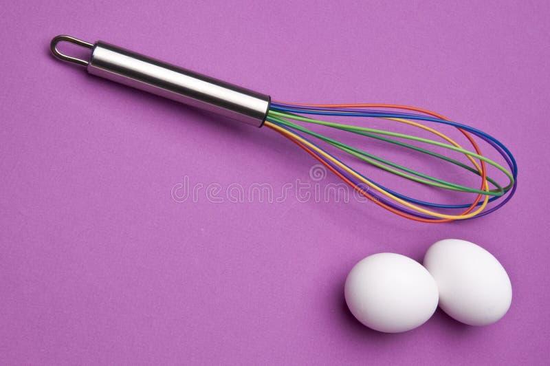O arco-íris Whisk com ovos imagem de stock