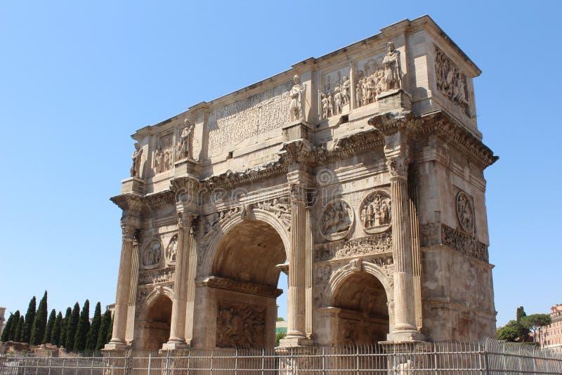 O arco de Constantim, Roma It?lia imagens de stock