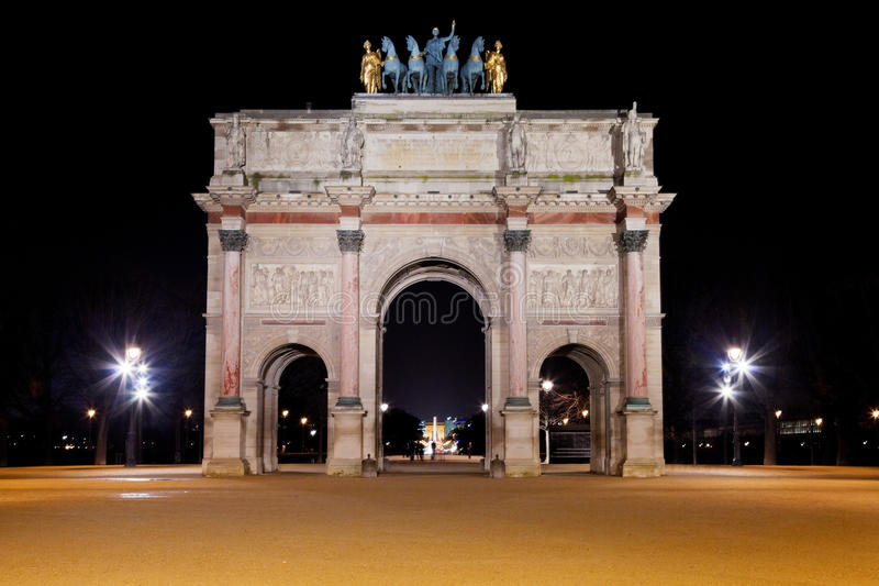 O Arco do Triunfo du Carrossel em Paris fotos de stock