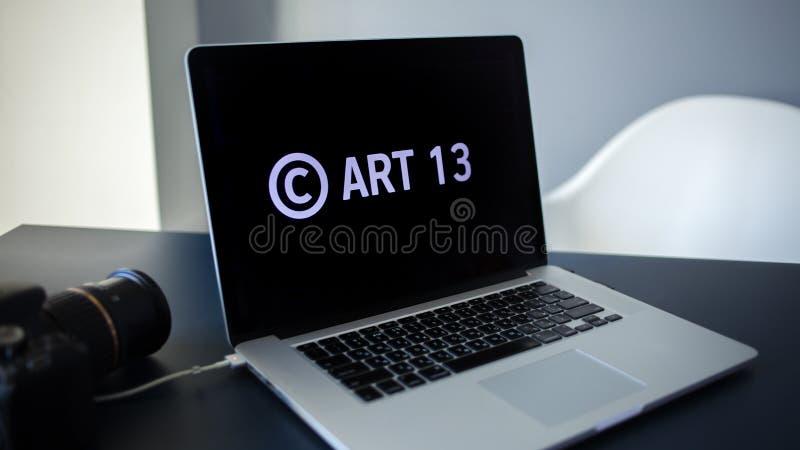 O artigo 13 a alteração à legislação de UE proibiu materiais dos meios no Internet imagem de stock
