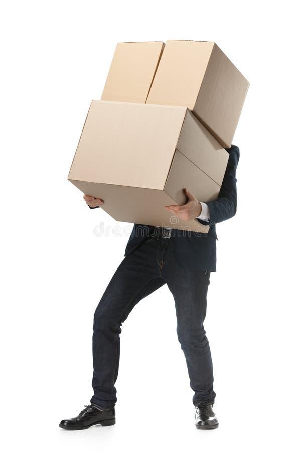 O assistente de loja entrega os bens imagem de stock royalty free