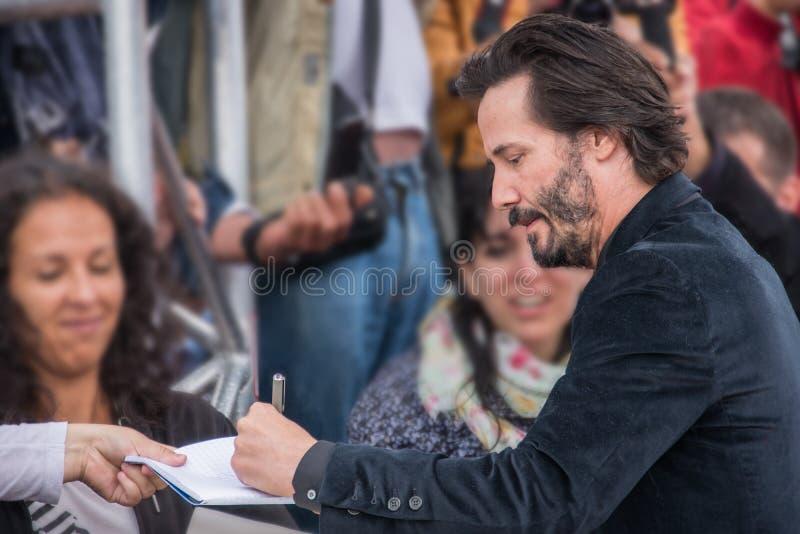 O ator Keanu Reeves atende à premier da batida da batida durante o 41st festival de cinema do americano de Deauville imagem de stock royalty free