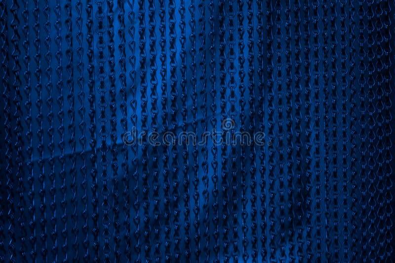 O azul acorrenta o fundo foto de stock