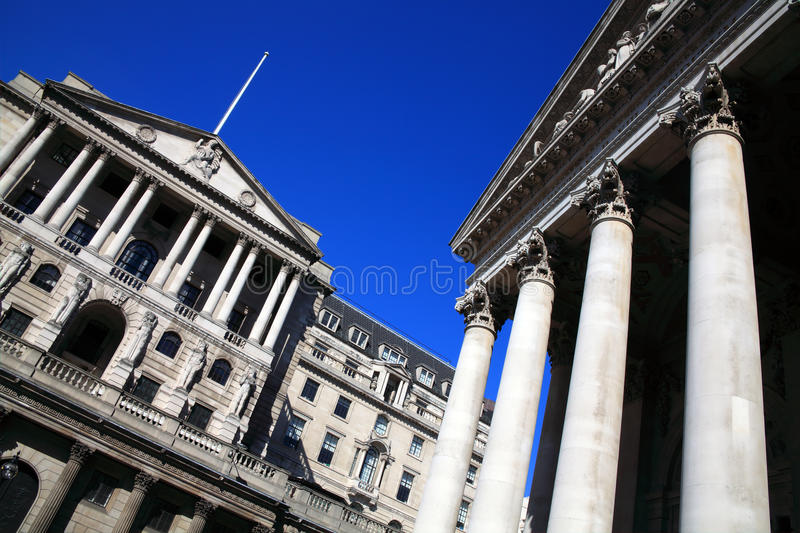 O Banco do Inglaterra e a troca real fotos de stock royalty free