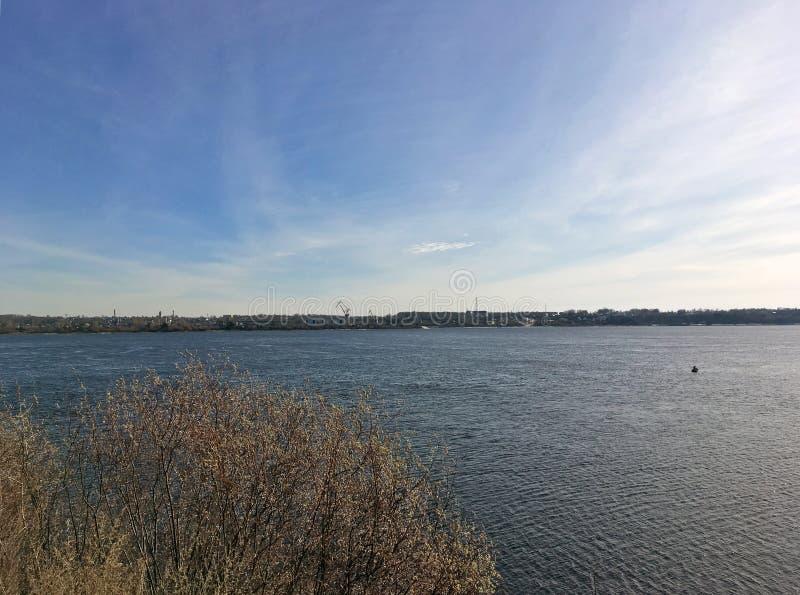 O banco do rio Volga fotos de stock royalty free