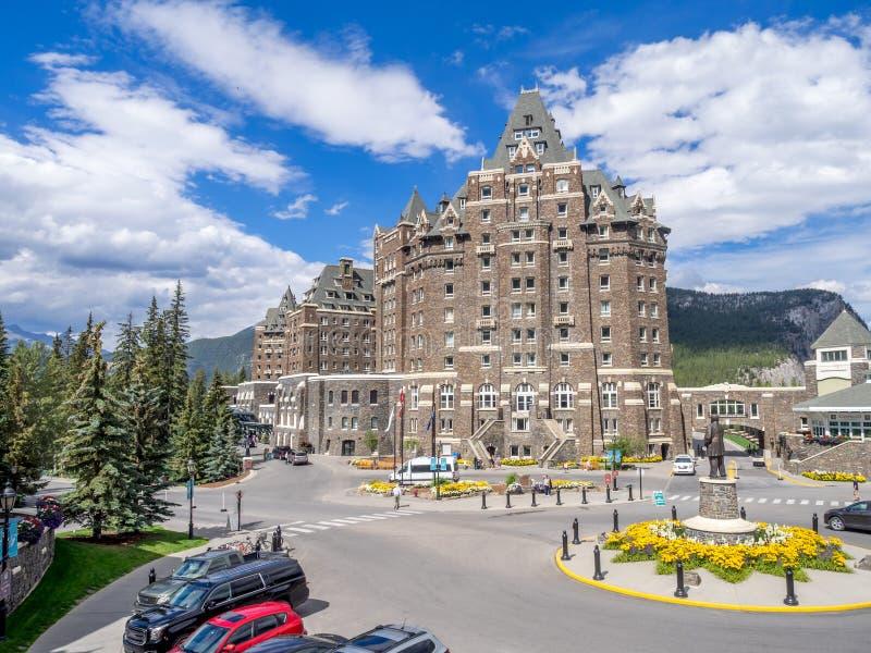 O Banff Springs Hotel imagem de stock royalty free