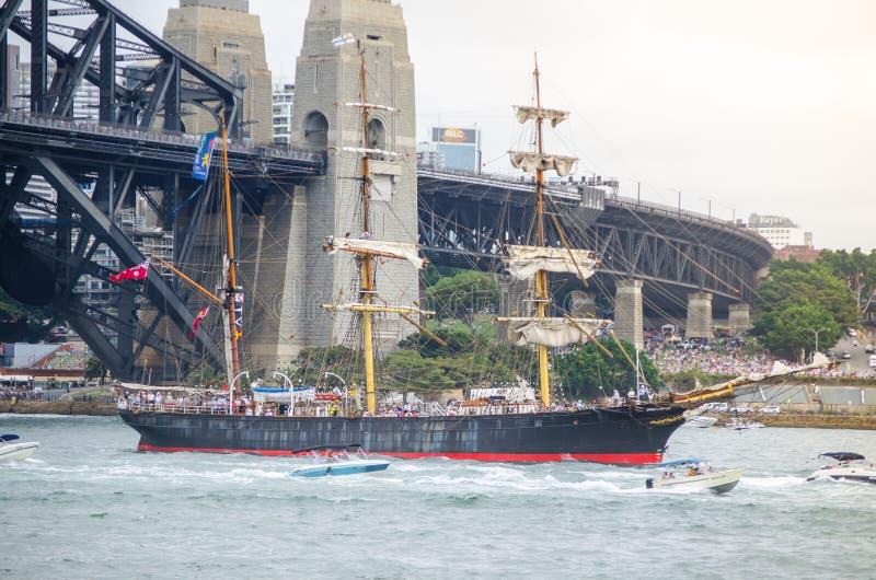 O barco de navigação antigo mostra em eventos de Ferrython e de porto no dia de Austrália em Sydney Harbour imagens de stock royalty free
