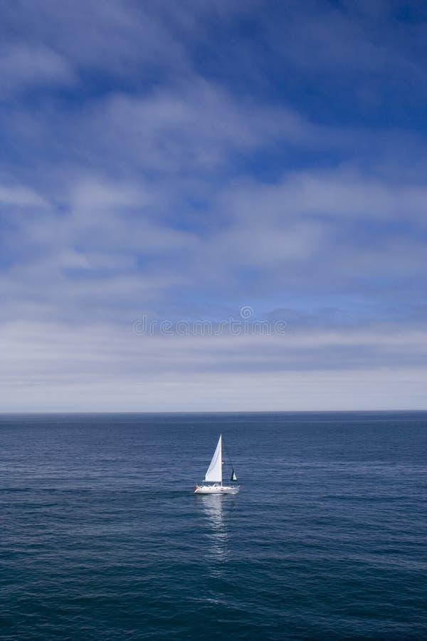 O barco só foto de stock