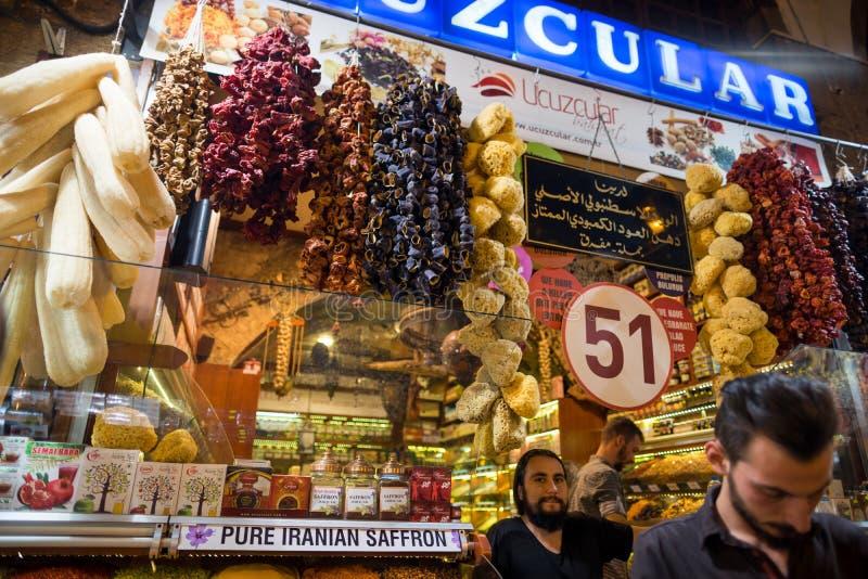O bazar grande compra em Istambul fotos de stock