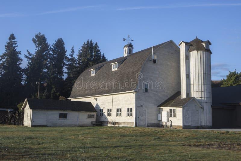 O belo celeiro Artisan no leste de Washington fotos de stock