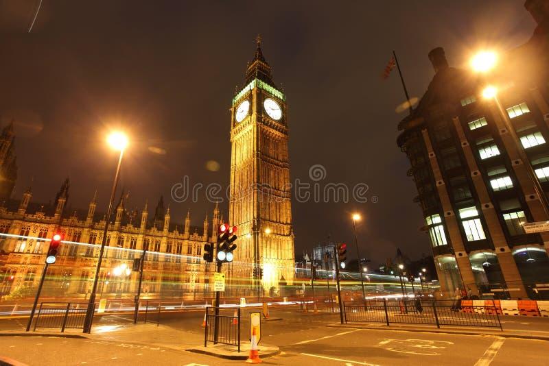 O Ben grande na noite, Londres, Reino Unido imagens de stock