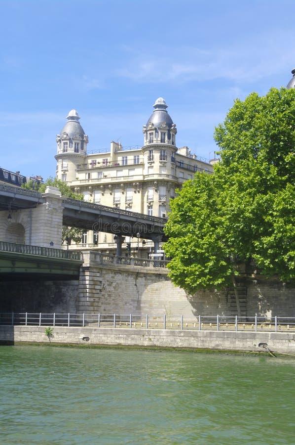 O Bir – ponte de Hakeim fotografia de stock royalty free