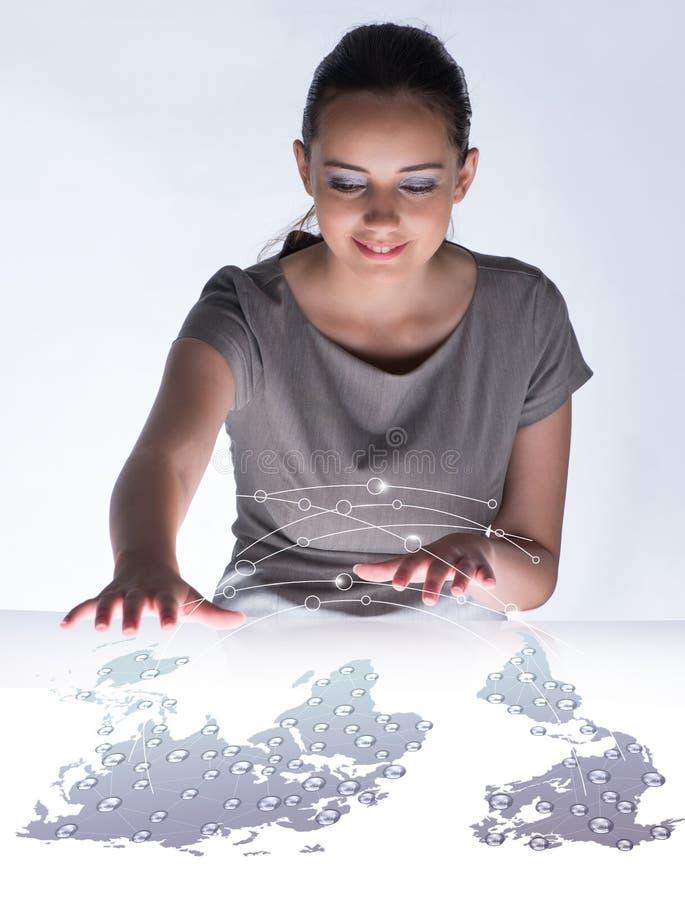 O bisinesswoman novo no conceito do negócio global fotos de stock