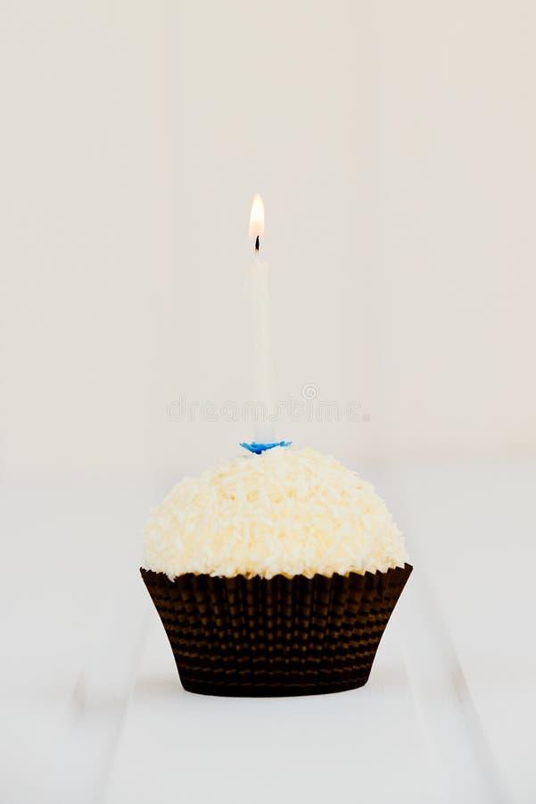 O bolo de aniversário para o primeiro aniversário foto de stock royalty free