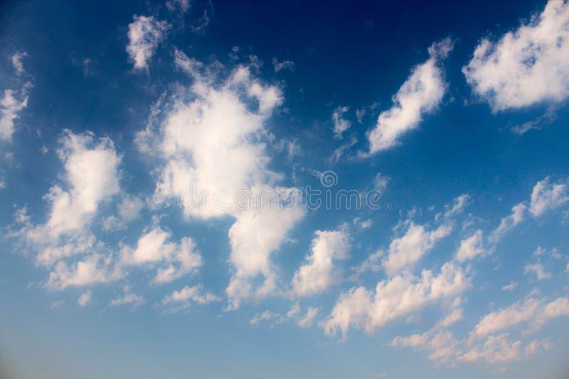 O bonito da nuvem do ` s da arte foto de stock