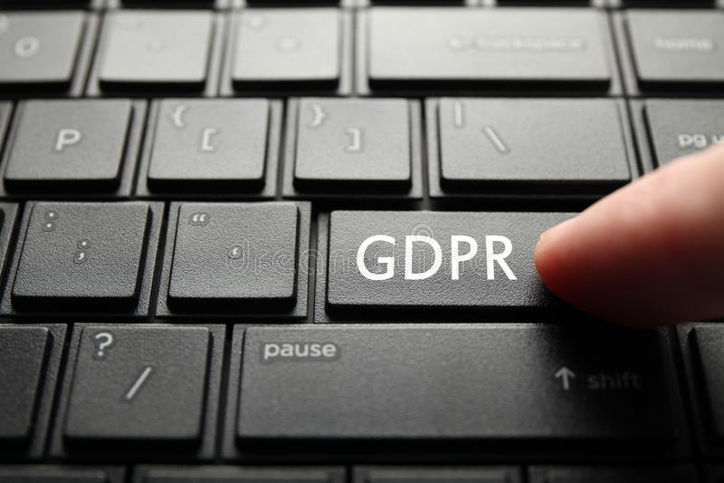 O botão etiquetou GDPR no teclado do PC Regulamento geral da prote??o de dados imagens de stock