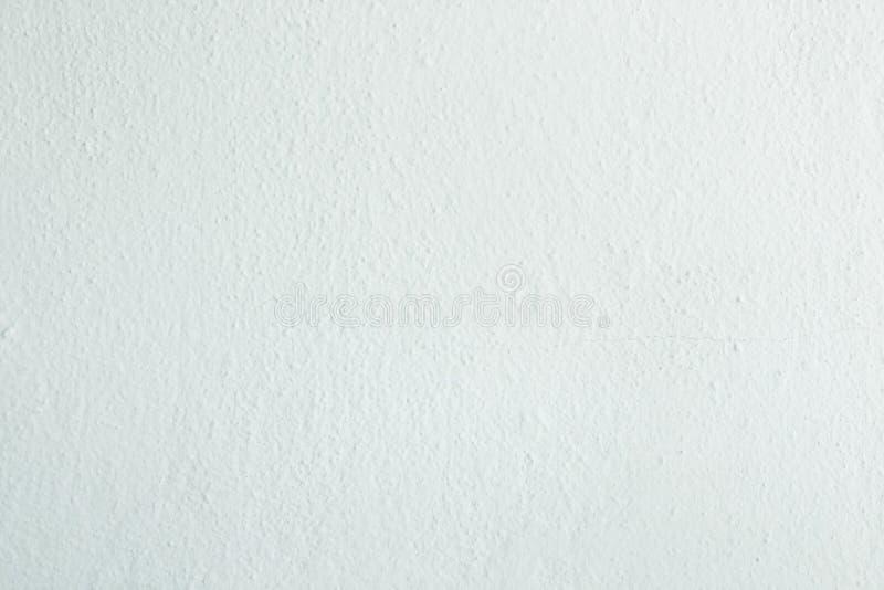 O branco lavou o fundo abstrato textured pintado com cursos da escova em máscaras cinzentas e pretas ilustração do vetor