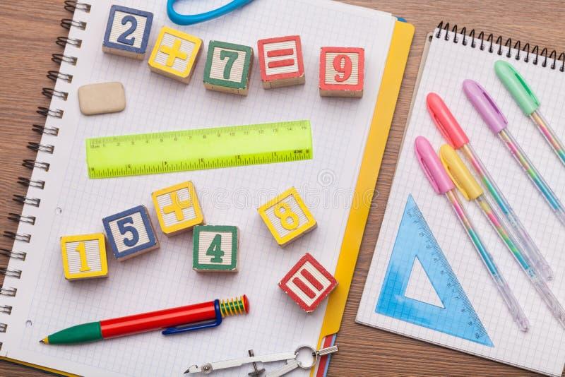 O brinquedo da matemática caçoa o conceito foto de stock royalty free