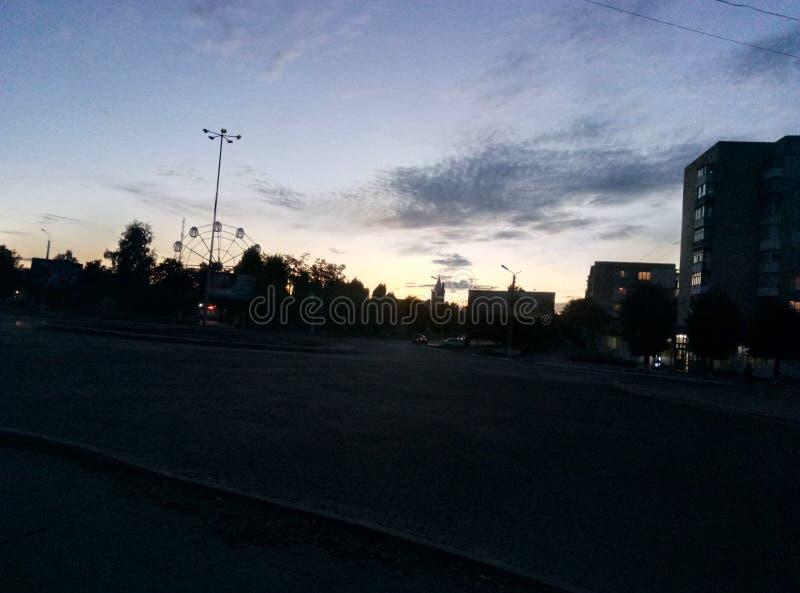 o céu mágico em minha cidade imagens de stock