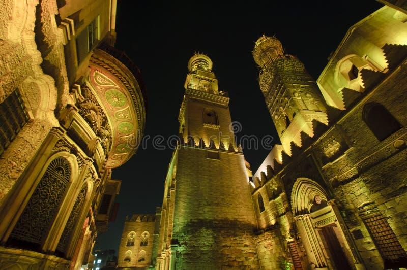 O Cairo islâmico na noite. foto de stock royalty free