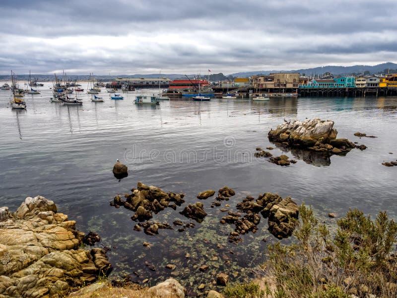 O cais do pescador de Monterey, Califórnia imagens de stock royalty free