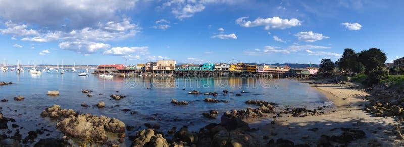 O cais do pescador na baía Califórnia de Monterey fotos de stock royalty free