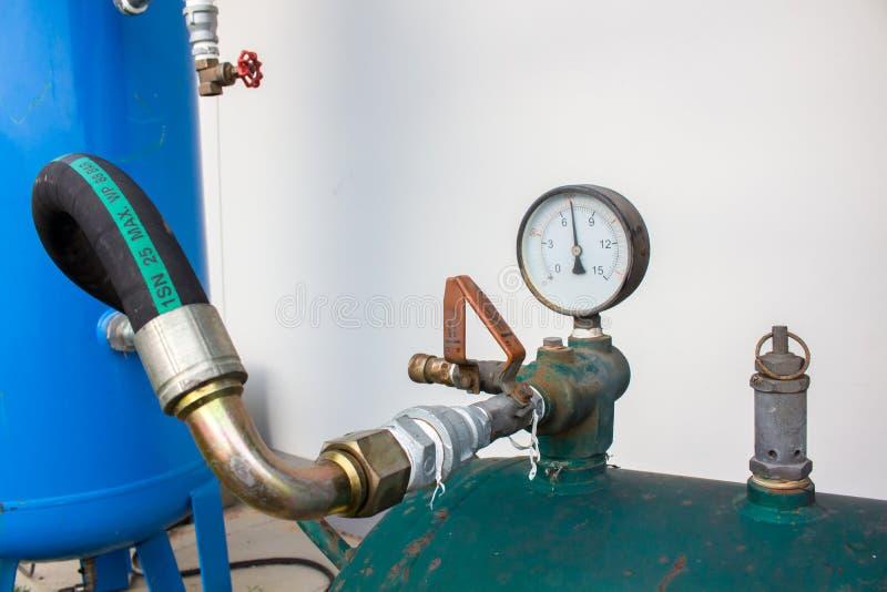 O calibre de pressão, no sistema pneumático imagem de stock
