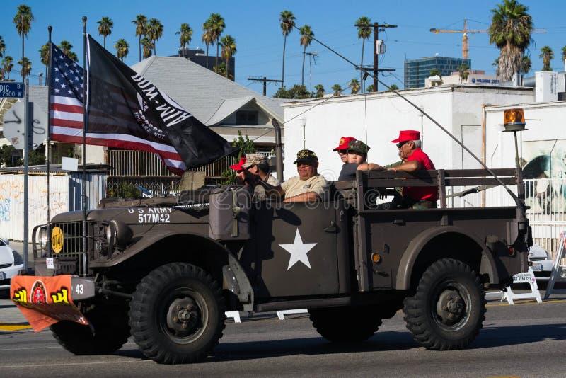 O caminhão militar com vetarans guerreia no festival coreano do 40th LA em s imagem de stock royalty free