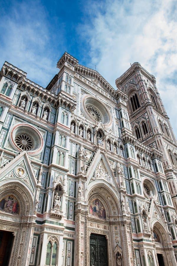 O Campanile e Florence Cathedral de Giotto consagraram em 1436 imagem de stock royalty free