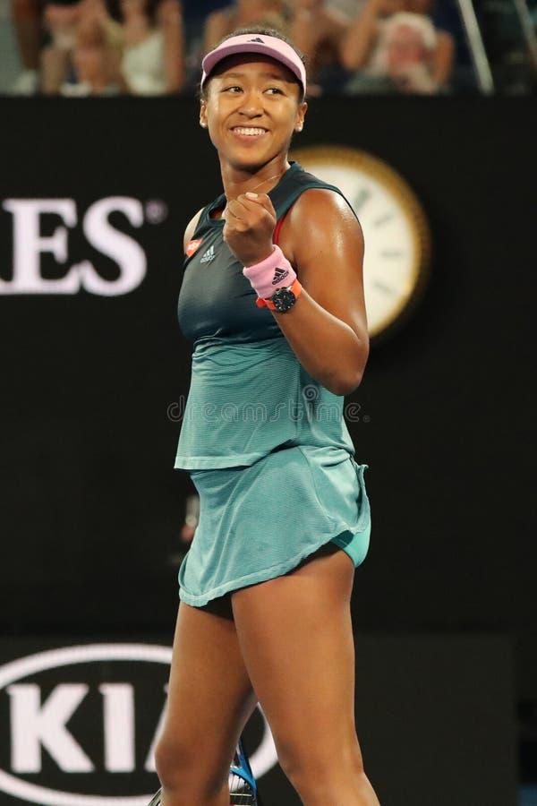 O campeão Naomi Osaka de Grand Slam de Japão comemora a vitória após seu fósforo de semifinal no australiano 2019 aberto no parqu foto de stock