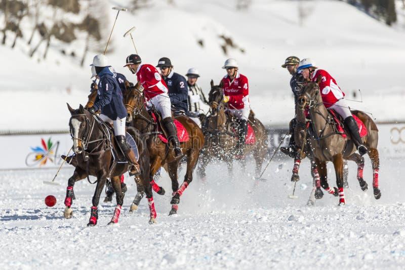 34o CAMPEONATO DO MUNDO do POLO da NEVE - St Moritz imagens de stock