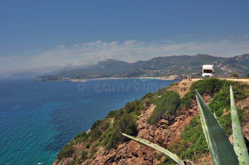 Download Campista Estacionado Na Praia Foto de Stock - Imagem de aposentadoria, campista: 29831408