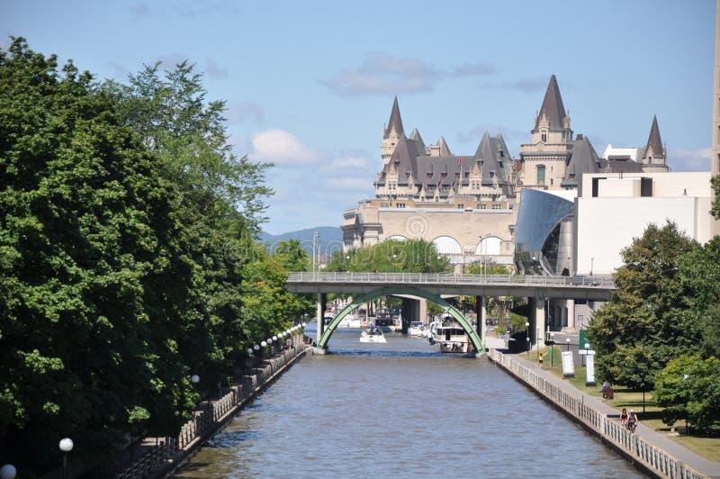 O canal de Rideau em Ottawa fotografia de stock