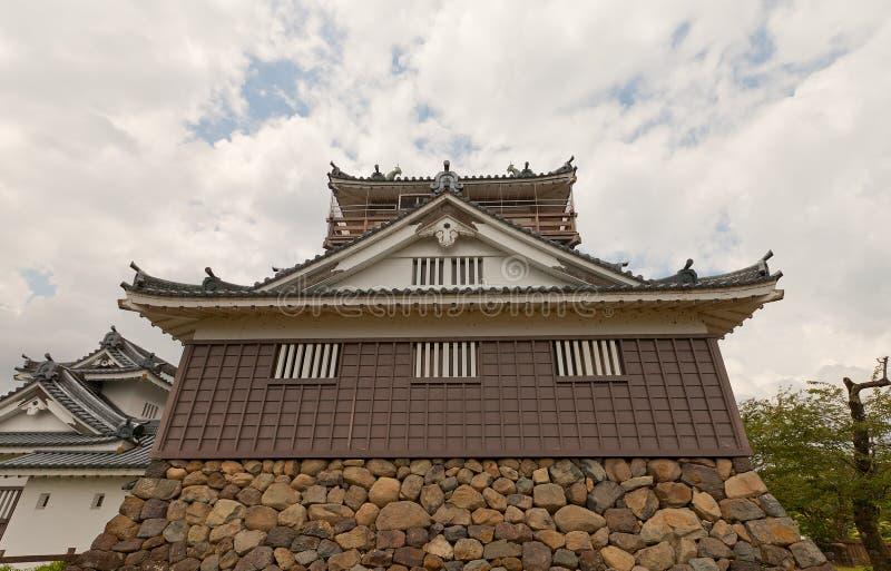O cano principal mantém-se do castelo de Echizen Ohno em Ohno, Japão imagem de stock