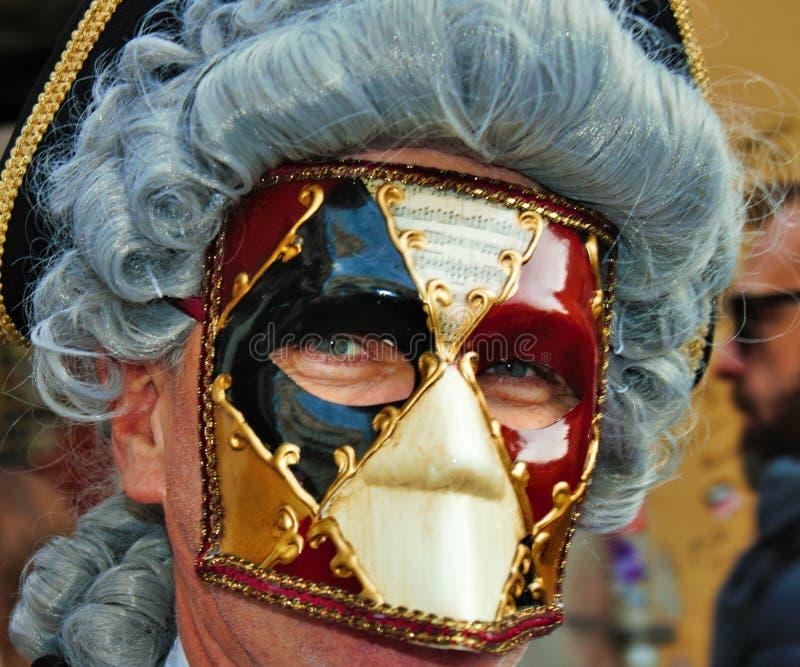 O carnaval de Veneza, retrato de uma máscara, durante o carnaval Venetian na cidade inteira lá é máscaras maravilhosas fotografia de stock royalty free