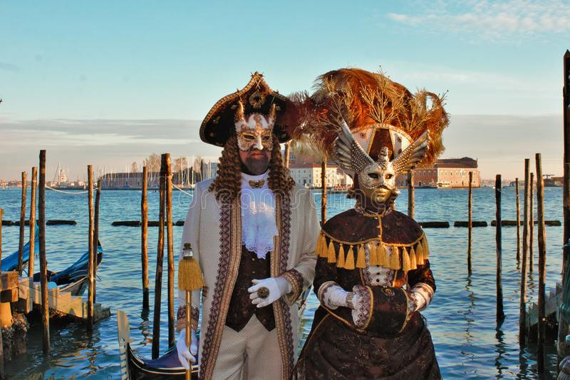 O carnaval de Veneza, retrato de uma máscara, durante o carnaval Venetian na cidade inteira lá é máscaras maravilhosas foto de stock royalty free