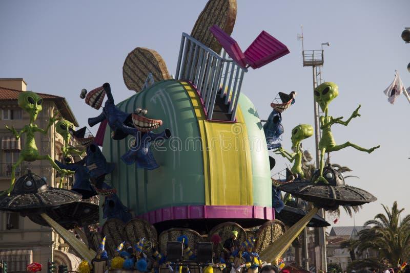 Download Carnaval de Viareggio imagem de stock editorial. Imagem de carnival - 29832789