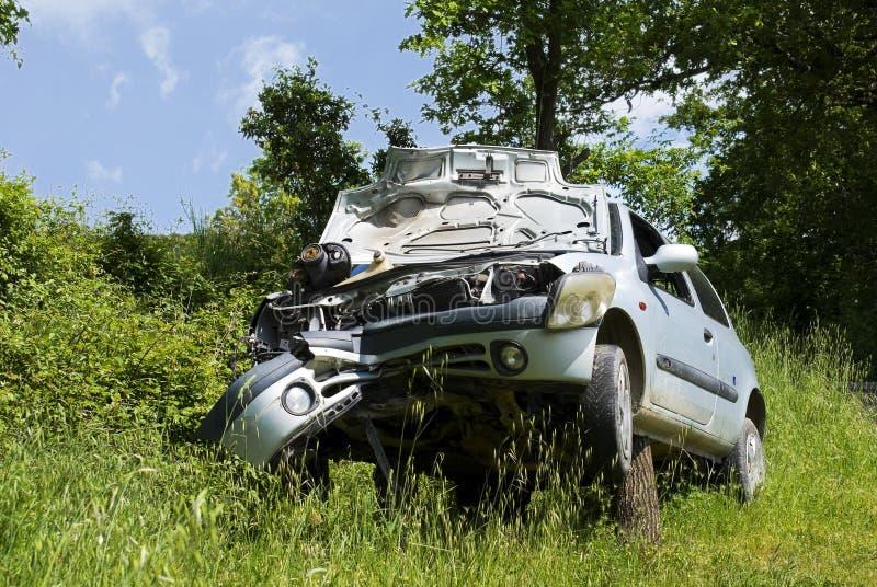 O carro após o acidente fotos de stock