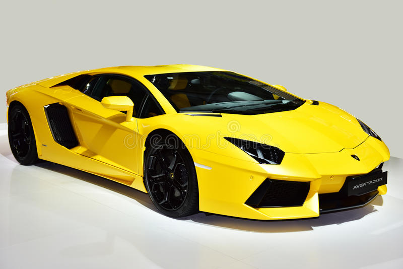 O carro de Lamborghini Aventador foto de stock