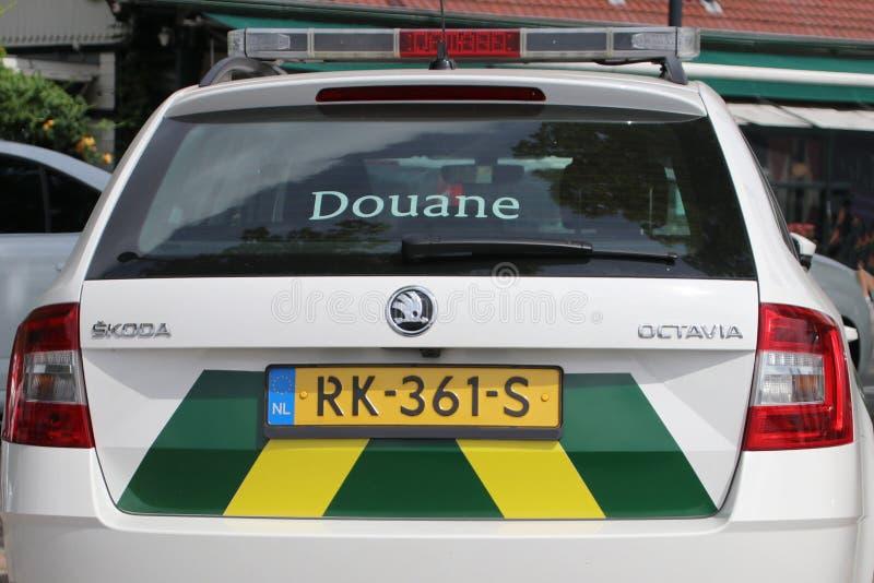 O carro dos costumes holandeses nomeou Douane no porto de Rotterdam imagem de stock royalty free