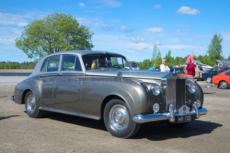 O carro Rolls-Royce Phantom V - o participante da parada de carros do vintage em Kerimyaki finland fotos de stock royalty free