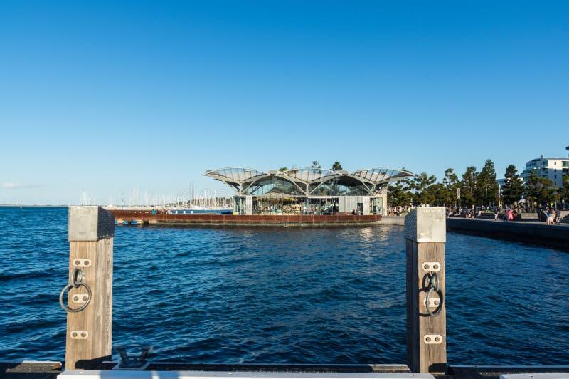 O carrossel na margem de Geelong em Austrália foto de stock